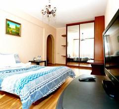 Апартаменты Чей чемодан-1k 1