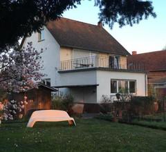 Riverside Apartment in Hanau 2