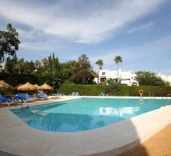 Rooftop Villa - chalet en Cabo Pino con vistas al mar, jardines y piscina 1