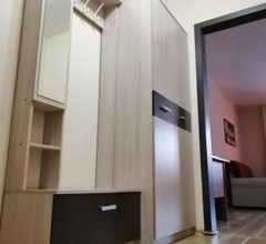 Stylish Apartment in the Quiet Center of Novosibirsk 1