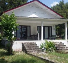 Dermaga Kelayang Cottages 1