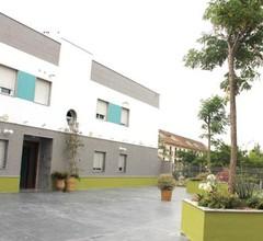 Carlota Plaza Apartamentos & Ocio 2