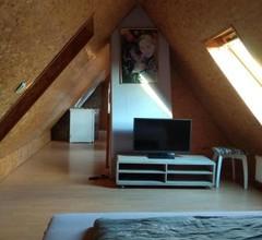 Dachgeschosswohnung mit Garten (Wohnung6) 1