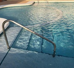 Chalet tout confort tennis piscine plage 2