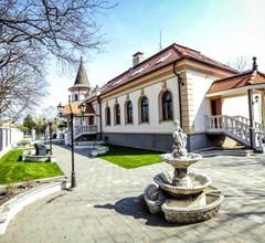 Villa Park 1