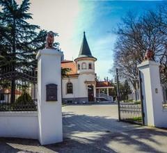 Villa Park 2