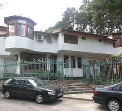 Guest House Cheshmeto 2