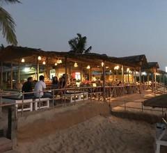 Blue Corner Beach Huts & Restaurant 1