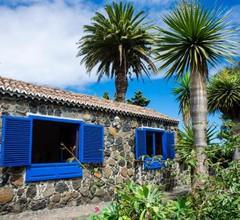 Galguen Paradise in the island of stars. Villa 2