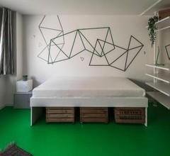 Designer Hostel (1A) 2