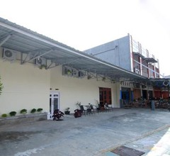 OYO 1335 Anie 71 Residence 2