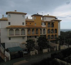 Apartment not far from the sea in Campoamor 2