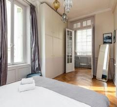 Saint Michel - Latin Quarter Luxury Apartment 2