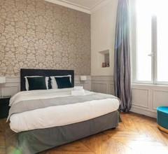 Saint Michel - Latin Quarter Luxury Apartment 1