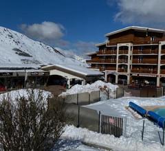 The Ski Paradise 2 Alpes 1