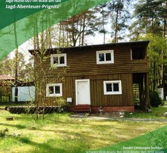 Jagd-Angler-Holzhaus-im-Wald-am-See 1