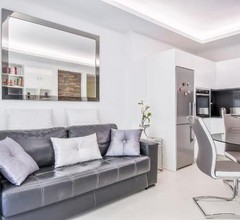 Charming Renovated 1BR Apartment In Heart Of Monaco 1