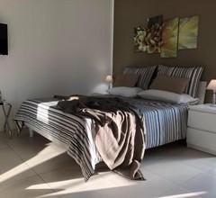 LA Suites & Apartments, Via M. Migliaccio 2