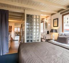 Nicely Decorated Houseboat Avelante 2