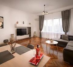 Rose Apartment 2 1