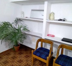 Nr Airport/Fast Wifi/AC/True Home Stay 1