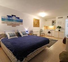 Apartment Beausoleil 1