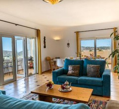 Trendy Apartment with swimming pool - aircon optional - Villa Akosua 1
