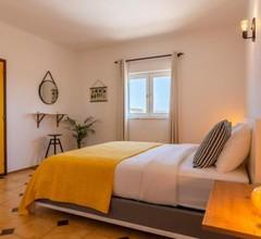 Trendy Apartment with swimming pool - aircon optional - Villa Akosua 2
