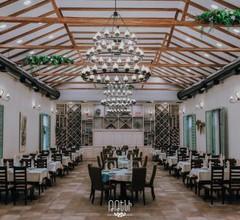 Tteni Restaurant 1