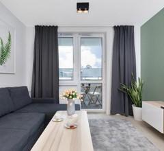 Apartamenty Platany Łopuskiego by Renters 2