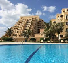 SEA VIEW Apartment in Bab Al Bahr 208 2
