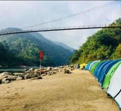 Riverside campsite Shnongpdeng 1