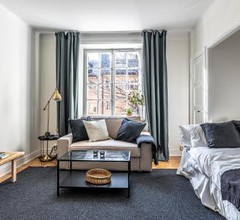 Vibrant apartment in Stockholm's coolest area 1