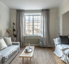 Cozy and bright getaway in the heart of Södermalm 1