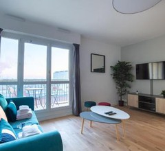 Paris - Porte d'Ivry - Modern and Cosy 2 bedroom apartment 1