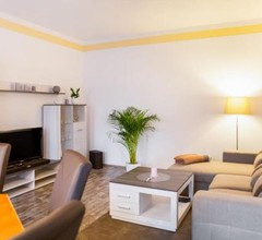 Simplistic Apartment in Neukieritzsch with Garden 1