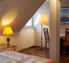 Voll ausgestattetes Penthouse-Zimmer mit Bad 2