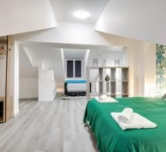 805 Suite Amazing, Luxious Duplex, Door of Paris 1