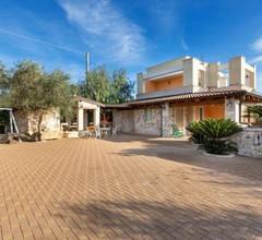 Monte Gallo-San Barbato Villa Sleeps 10 with Pool and Air Con 2