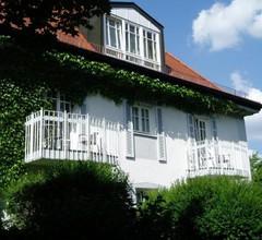 Villa am Schloßpark 2
