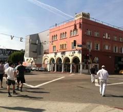 Venice Beach Hostel 2