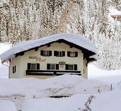 Haus zur Post 1