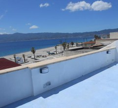 Apartment on the Strait of Messina 2