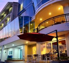 Emersia Hotel & Resort 2