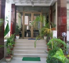 Hotel Viraat Inn 1