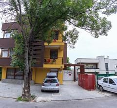 Aparthotel Gutinului 2