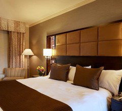 Excelsior Hotel 1