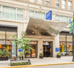 TRYP By Wyndham Times Square South 1