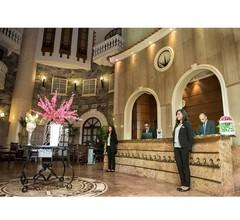 Cherry Maryski Hotel 2