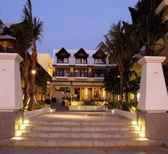 Woraburi Phuket Resort & Spa 1